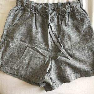 Uniqlo high rise linen shorts